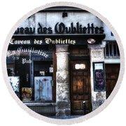 Le Taveau Des Oubliettes Paris France Round Beach Towel