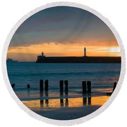 Leaving Port Round Beach Towel