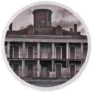 Louisiana Plantation House Round Beach Towel