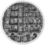 Led Zeppelin Physical Graffiti Building In Black And White Round Beach Towel