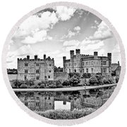 Leeds Castle Black And White Round Beach Towel