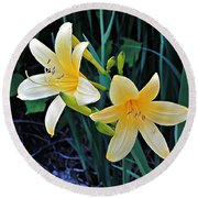 Lemon Lily Blooms Round Beach Towel