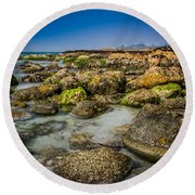 Life Clings As The Tides Ebb Round Beach Towel