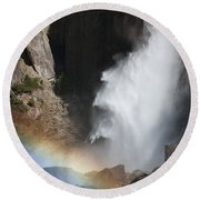 Light And Water - Yosemite Falls Round Beach Towel