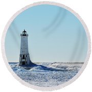 Lighthouse And Winter Round Beach Towel