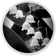 Lily Of The Valley Black And White Round Beach Towel