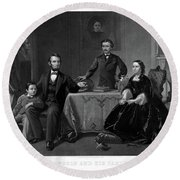 Lincoln And Family Round Beach Towel
