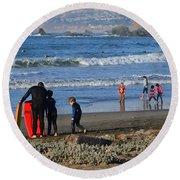 Linda Mar Beach Families Round Beach Towel