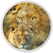 Lion And Lioness- African Royalty Round Beach Towel