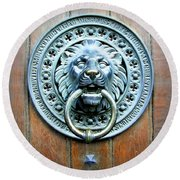 Lion Door Knocker In Norway Round Beach Towel