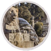 Lion Fountain In Rome Italy Round Beach Towel
