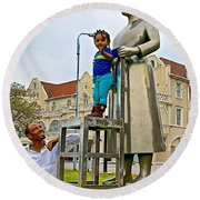 Little Girl Gets Close To Woman Sculpture In Donkin Reserve In Port Elizabeth-south Africa Round Beach Towel