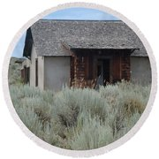 Little House In The Sage Round Beach Towel