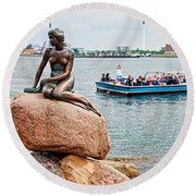 Little Mermaid Statue With Tourboat Round Beach Towel
