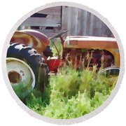 Little Red Tractor Round Beach Towel