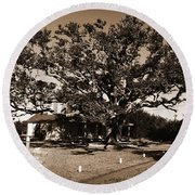 Live Oak Outer Banks Round Beach Towel