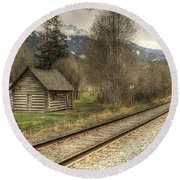 Log Cabin And Railroad Tracks Round Beach Towel