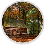 Log Cabin In Autumn Color Round Beach Towel