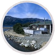 Log Cabin In Carcross Round Beach Towel