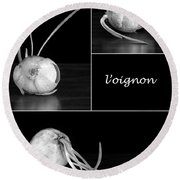 Onion Kitchen Art - L'oignon - Black And White Round Beach Towel