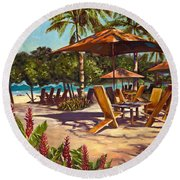 Lola's In Costa Rica Round Beach Towel