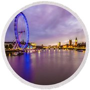 London At Night Round Beach Towel
