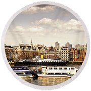 London From Thames River Round Beach Towel
