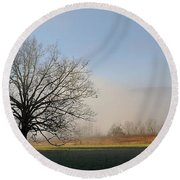 Lone Tree In Cades Cove Round Beach Towel