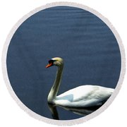 Lonesome Swan Round Beach Towel