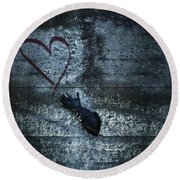 Longing For Love Round Beach Towel