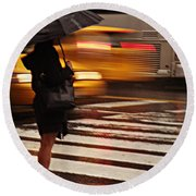 Looking For A Taxi - Rush Hour New York Round Beach Towel