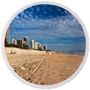 Looking North Along The Beach Round Beach Towel