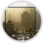 Looking Out On A Snowy Day - Nyc Round Beach Towel