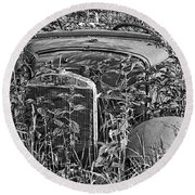 Lost In The Weeds Round Beach Towel