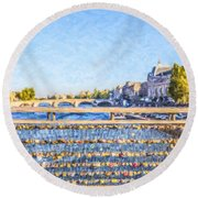 Love Across The Seine Round Beach Towel
