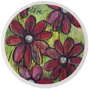 Love For Five Daisies Round Beach Towel