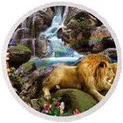 Love Lion Waterfall Round Beach Towel
