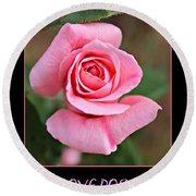 Love Roses Round Beach Towel