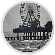 Lovers And A Surfer At Pleasure Pier Round Beach Towel