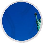 Low Angle View Of Statue Of Liberty Round Beach Towel