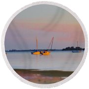 Low Tide At Crystal Beach Round Beach Towel