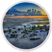 Low Tide On The Bay Round Beach Towel
