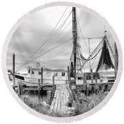 Lowcountry Shrimp Boat Round Beach Towel