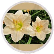 Lullaby Baby Daylilies Round Beach Towel