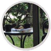 Lunch Guests Al Fresco Round Beach Towel