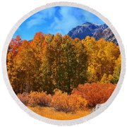Lundy's Fall Show Round Beach Towel
