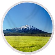 Lush Green Meadow And Mount Bachelor Round Beach Towel