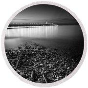 Mackinac Bridge Bw Round Beach Towel