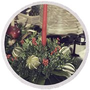 Magnolia Christmas Candle Colonial Williamsburg Round Beach Towel