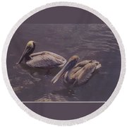 Male And Female Pelicans Round Beach Towel
